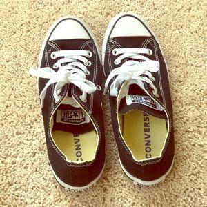 Converse sneakers 7.5 women's